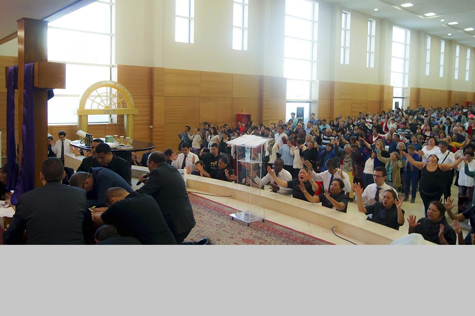 Vea como fue el Domingo de Levántate. ¡En nuestra catedral hubo salvación!